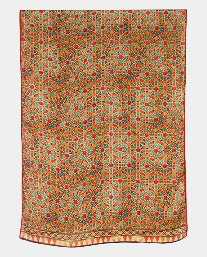 Fular estampado naranja con geometrías orientales de color naranja