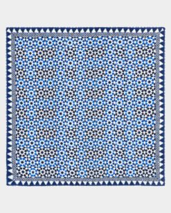 Fular de seda cuadrado con geometrías oriental