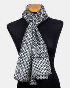Fular hombre seda con estampado geométrico blanco y negro