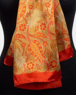 Chal con estampado floral de seda