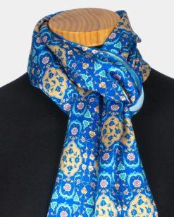 Fular de seda azul para el cuello